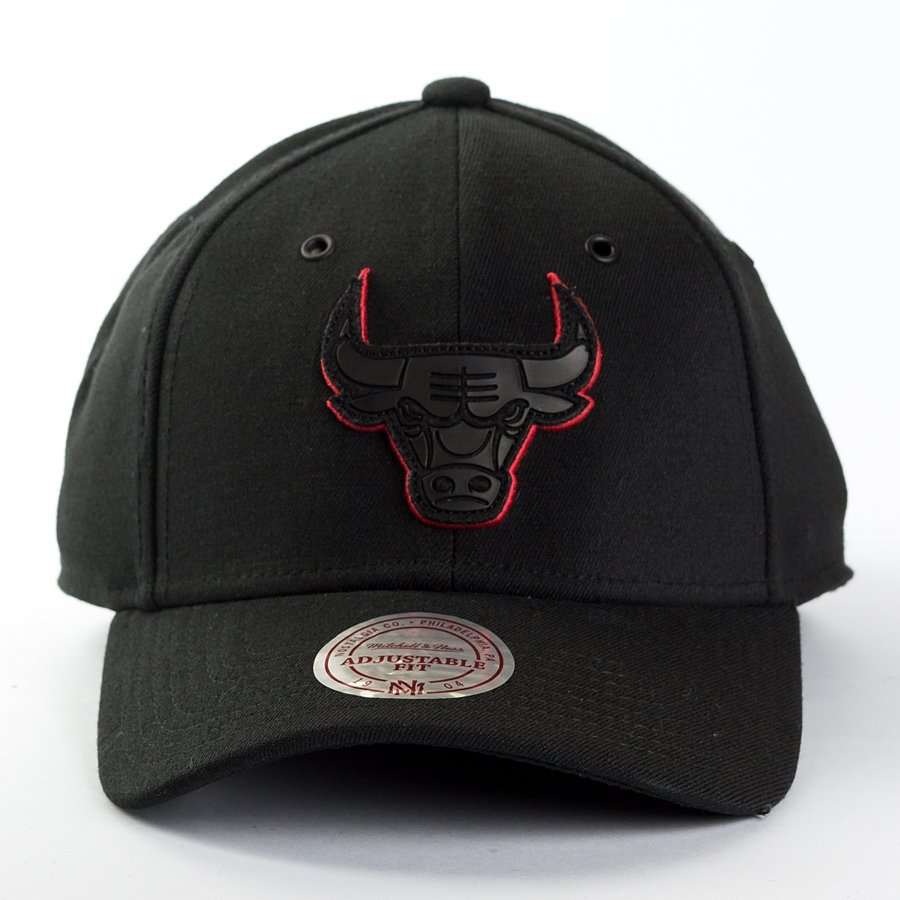 mitchell and ness dad cap filter chicago bulls black chicago bulls caps snapbacks nba. Black Bedroom Furniture Sets. Home Design Ideas