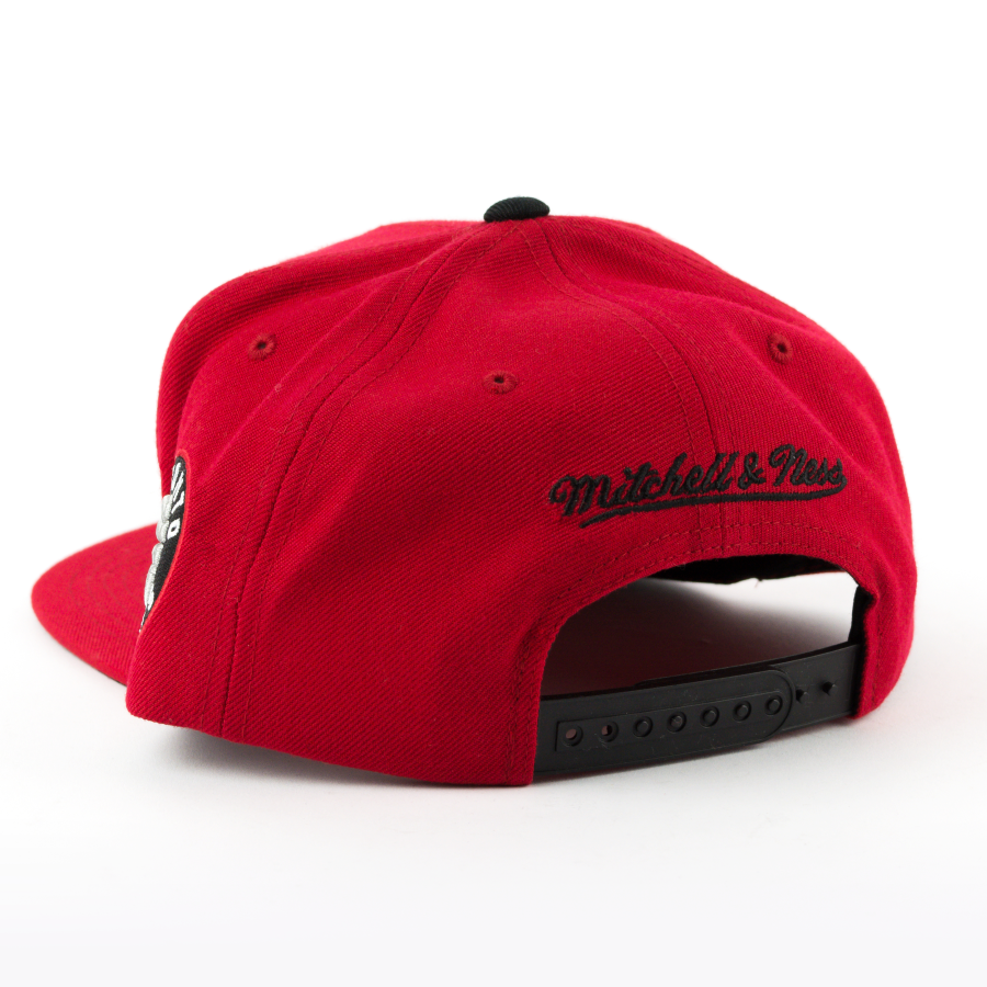 mitchell and ness snapback winning streak toronto raptors. Black Bedroom Furniture Sets. Home Design Ideas