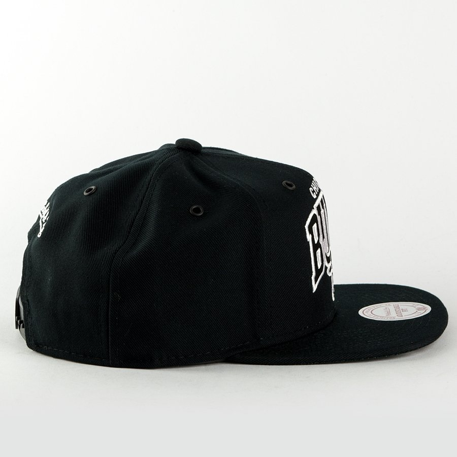 czapka mitchell and ness snapback black and white arch