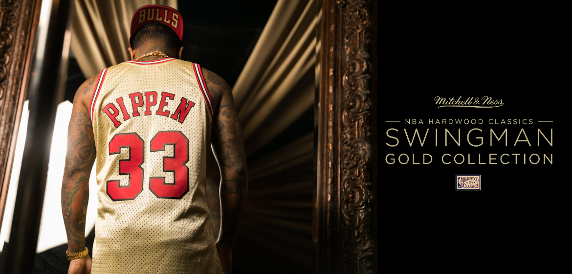 In addition to the set you can find here the Chicago Bulls and Philadephia  76ers. Below is the new Mitchell   Ness lookbook and our offer! 5d2b920ee