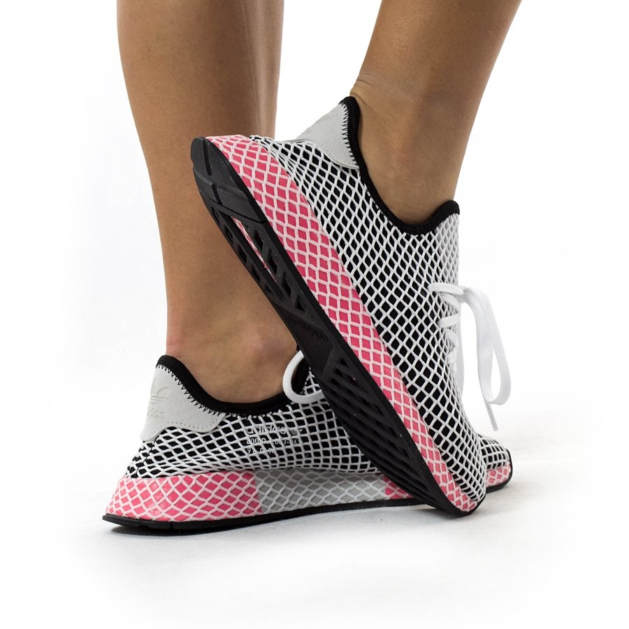 c32ba0fce82e9 Adidas Originals Deerupt Runner black   core black   chalk pink ...