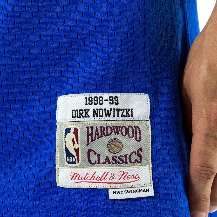 7950f6801e6d Click to zoom  Mitchell and Ness Swingman Jersey HWC Dallas Mavericks Dirk  Nowitzki 1998-99 blue