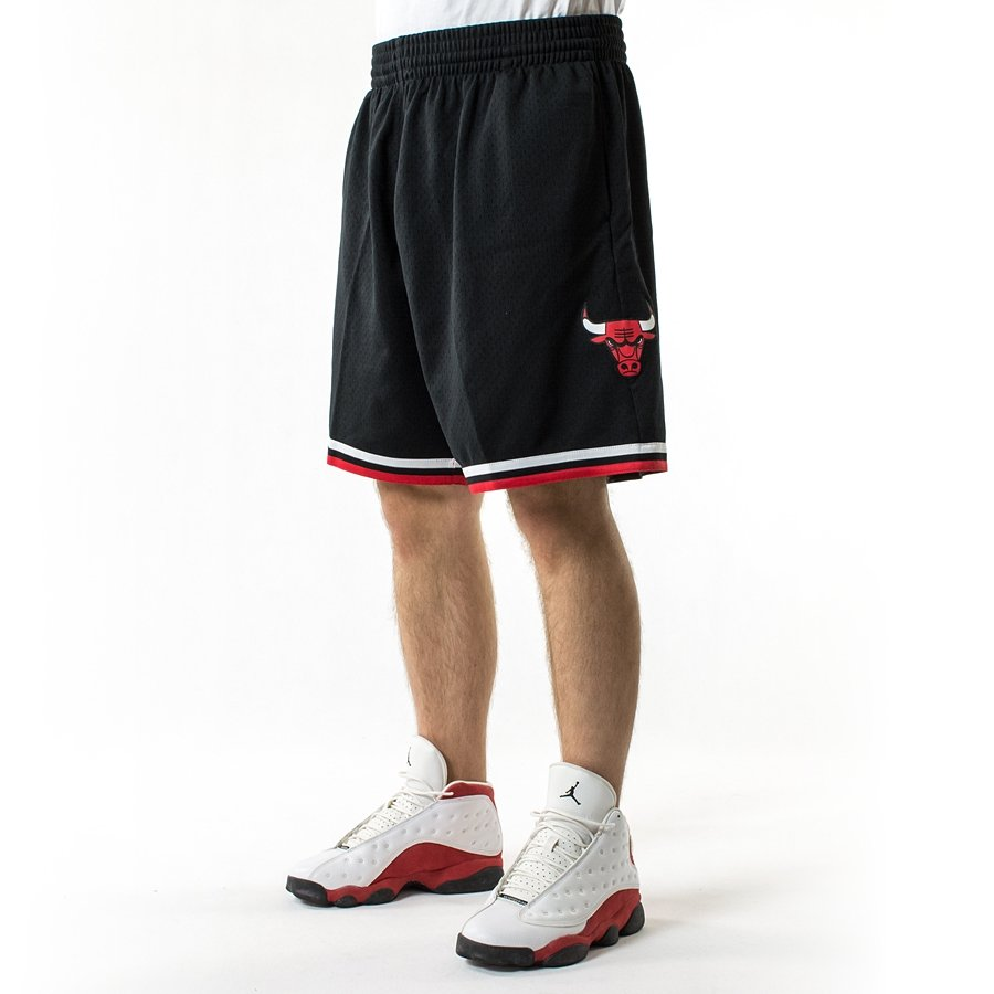 ... Mitchell and Ness Swingman Shorts Chicago Bulls black Click to zoom ... 53209d97ad
