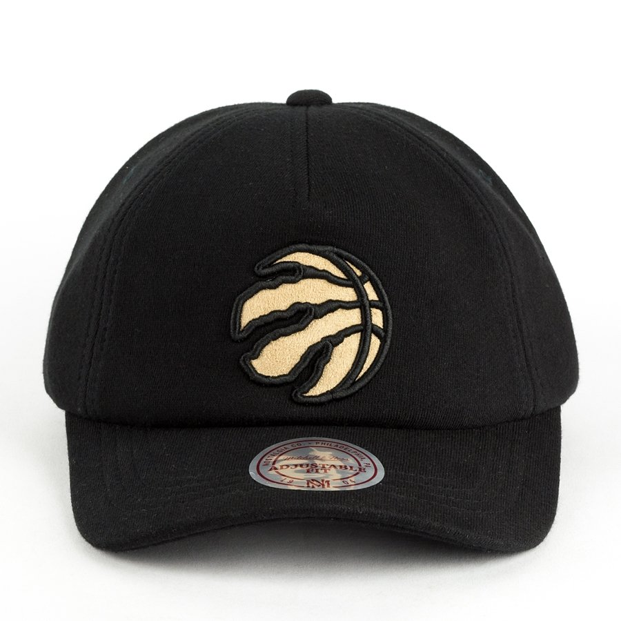 Mitchell and Ness dad cap Throwback Snapback Toronto Raptors black ... c988b411fae