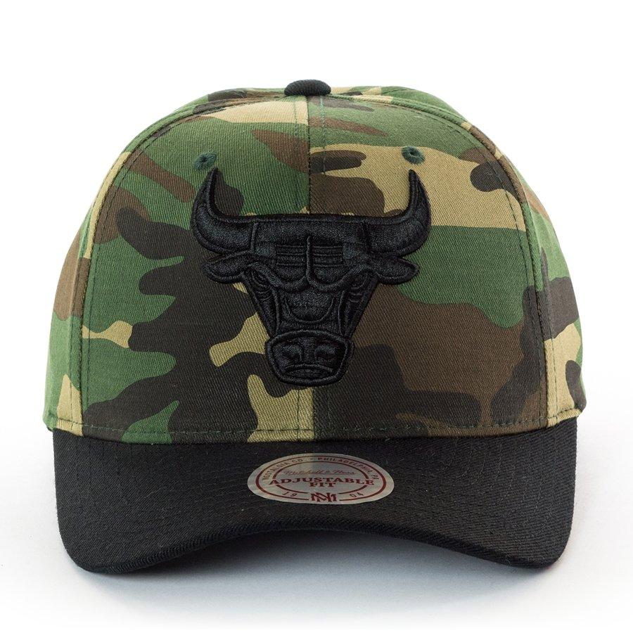 Mitchell and Ness snapback 110 Camo Flexfit Chicago Bulls camo Click to  zoom ... b466c64d251d