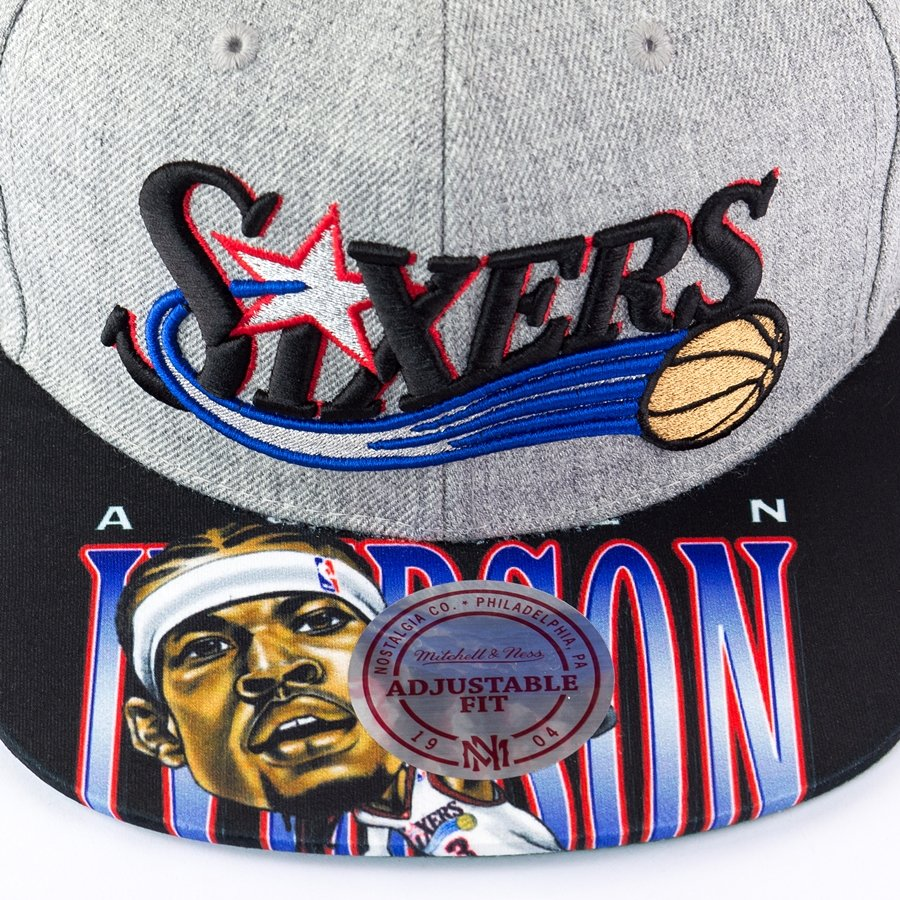 buy online b24a2 1e002 ... Mitchell and Ness snapback Caricature Allen Iverson Philadelphia 76ers grey  Click to zoom. 1