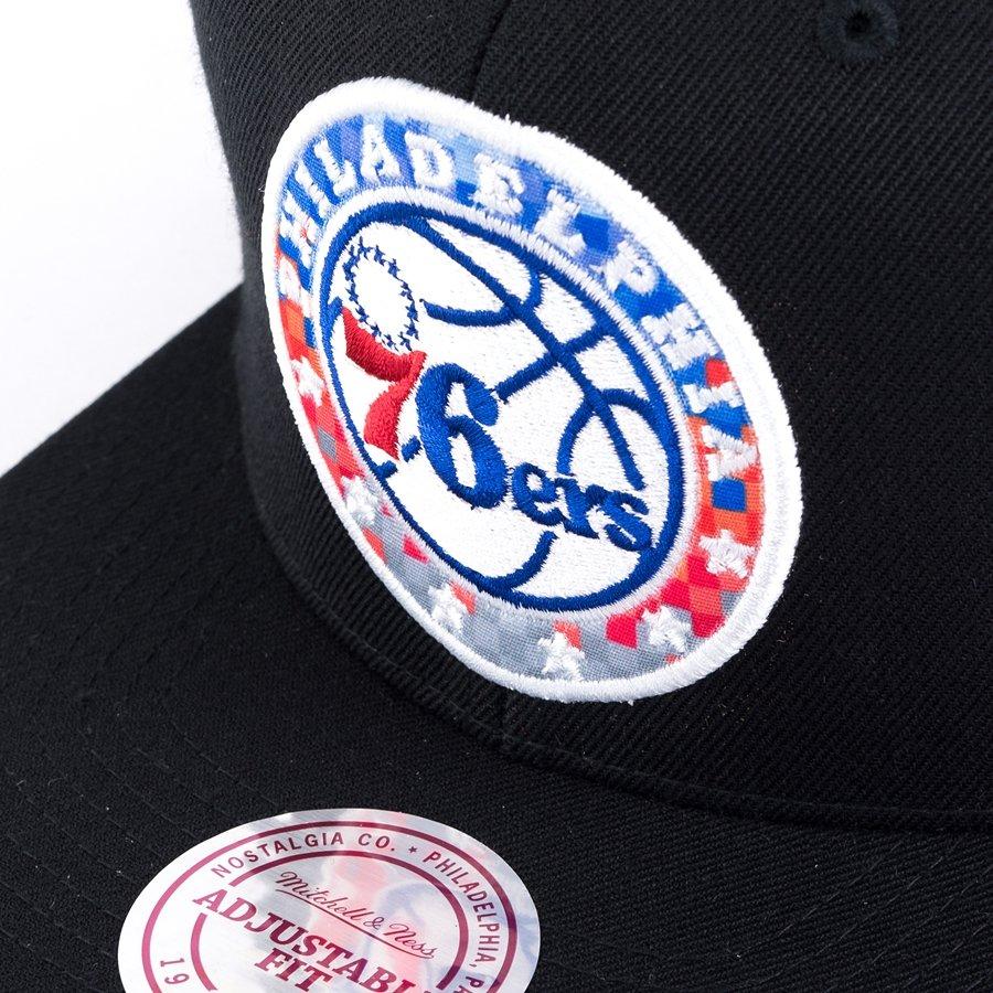 big sale 7f960 d8da5 ... Mitchell and Ness snapback Easy Three Digital XL Philadelphia 76ers black  Click to zoom