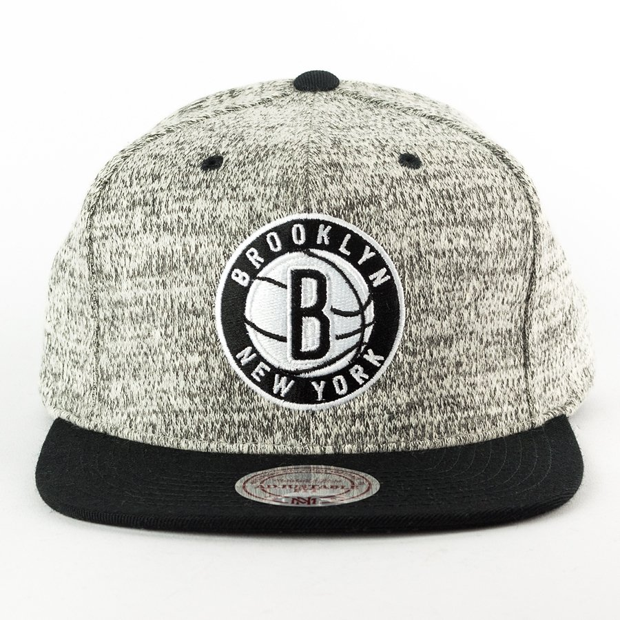 bdf41a245fe42 Mitchell and Ness snapback Grey Duster Brooklyn Nets grey heather / black  Click to zoom ...