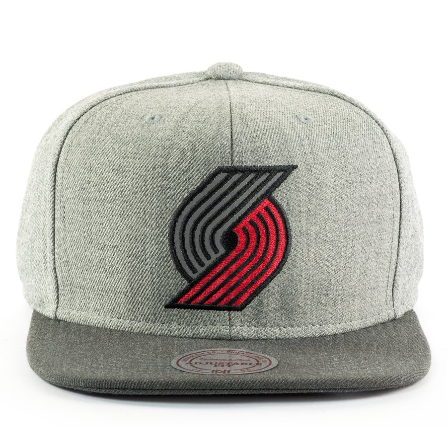 abead33c0f179c ... snapback Heather Reflective Portland Trail Blazers grey / charcoal  Click to zoom ...