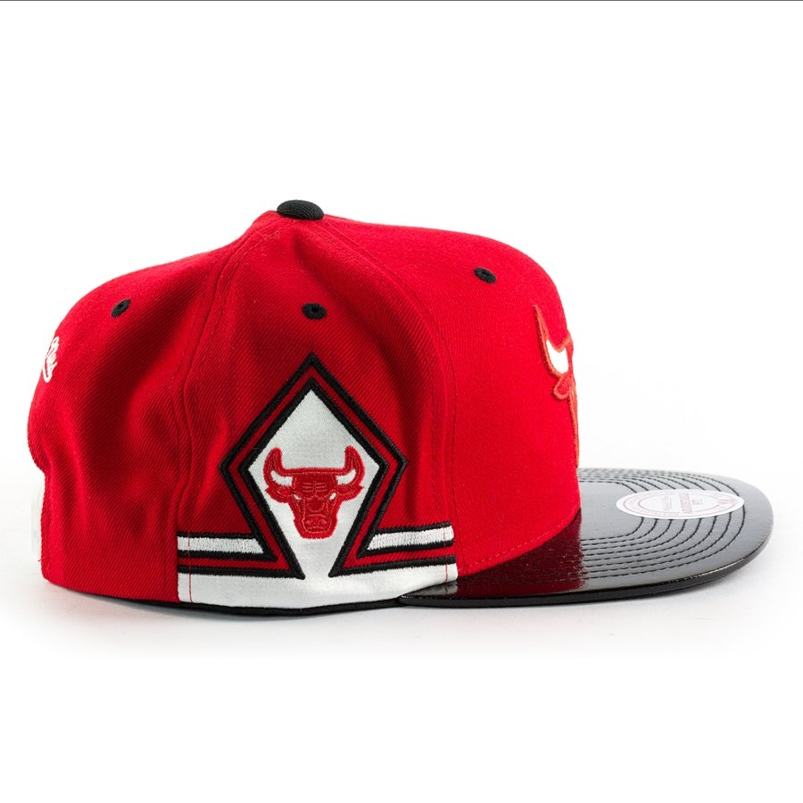 mitchell and ness snapback red hook 11 chicago bulls red