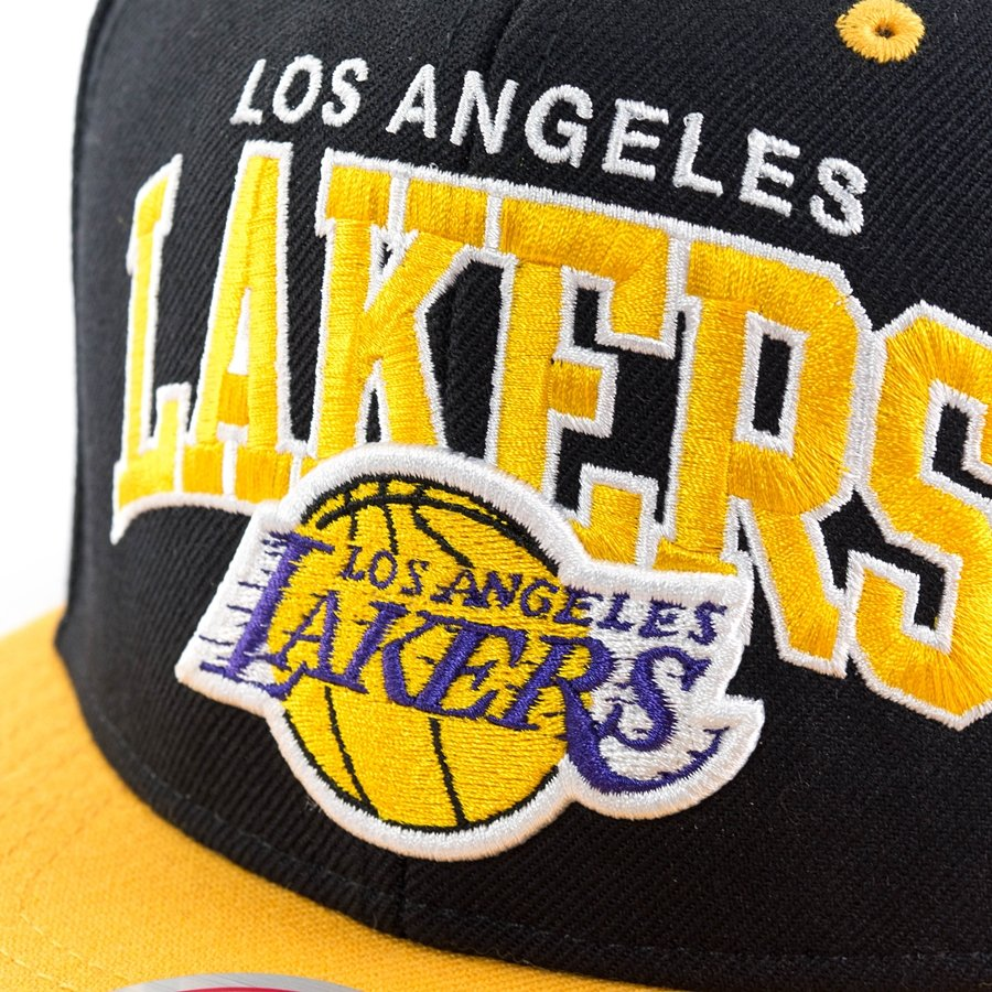 Mitchell and Ness snapback Team Arch Los Angeles Lakers black ... 1272eb9c5c56