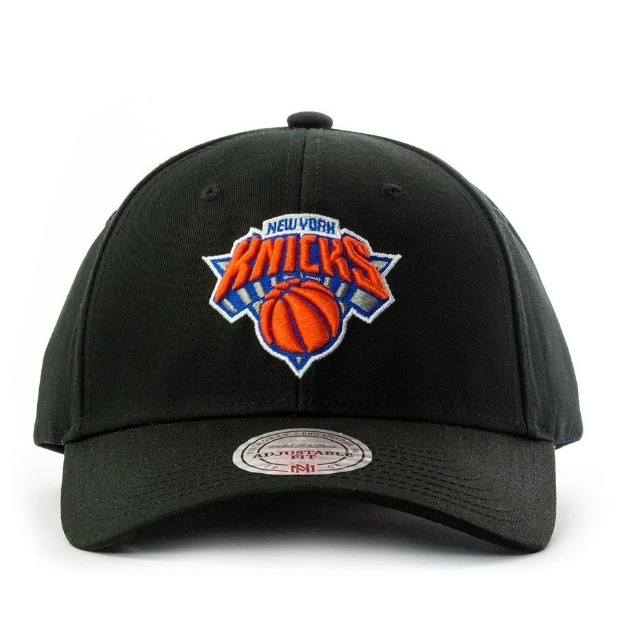 0ad09ad08a2 Mitchell and Ness snapback Team Logo Low Pro New York Knicks black ...