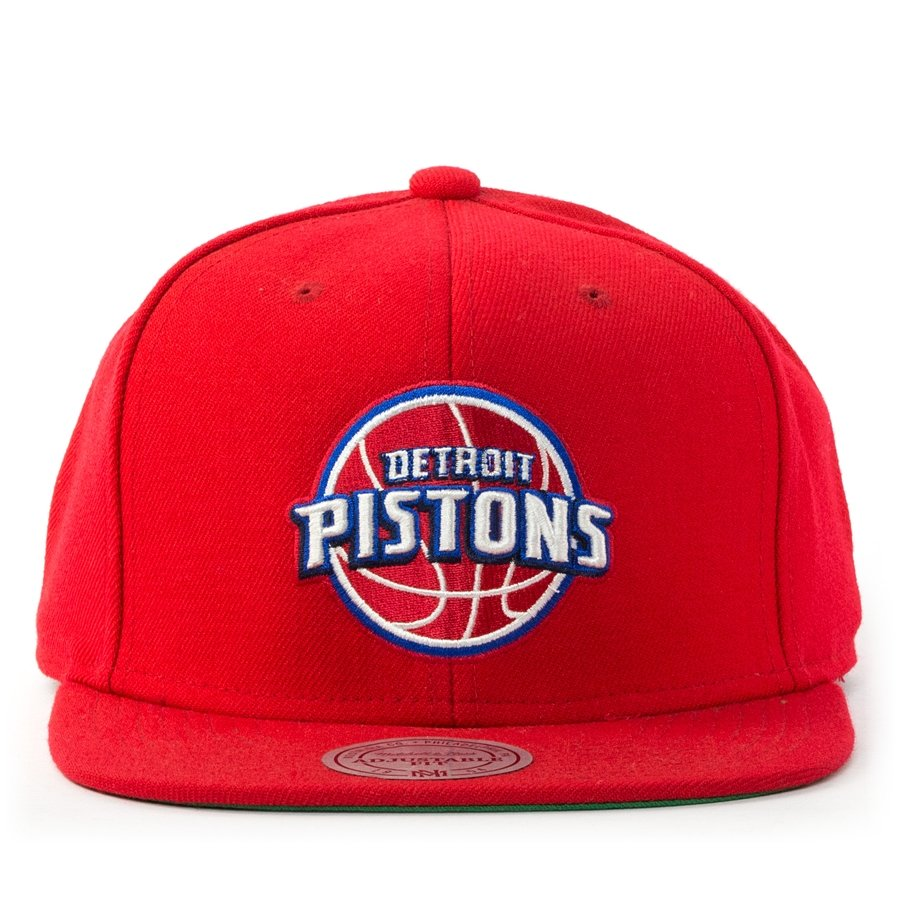 uk availability 68894 61d68 Mitchell and Ness snapback Wool Solid Detroit Pistons red Click to zoom ...
