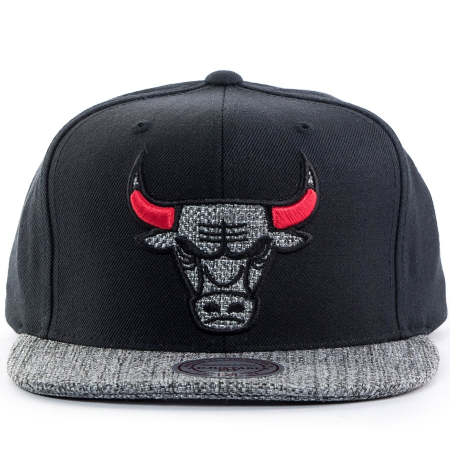 06d77a29707 Mitchell and Ness snapback Woven TC Chicago Bulls black Click to zoom ...