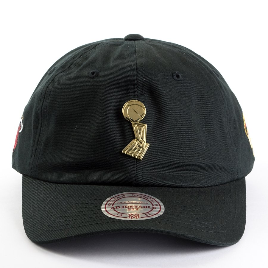 Mitchell and Ness strapback Championship Brooch Dad Hat Miami Heat ... e51a7e21946