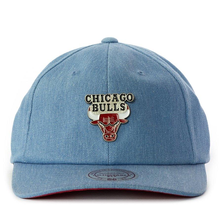 Mitchell and Ness strapback Denim Pin Chicago Bulls blue Chicago ... b56a60e56