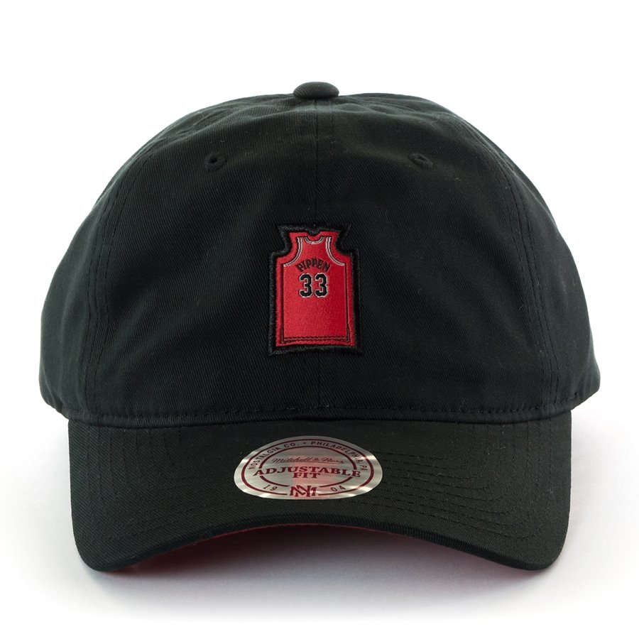 buy online f2ef0 32378 Mitchell and Ness strapback Small Jersey Chicago Bulls Scottie Pippen black