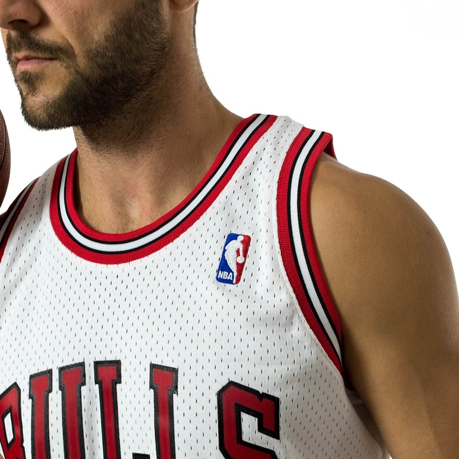 5e65017a9a9 Click to zoom · Mitchell and Ness swingman jersey Chicago Bulls Dennis Rodman  1997-98 white Click to zoom ...