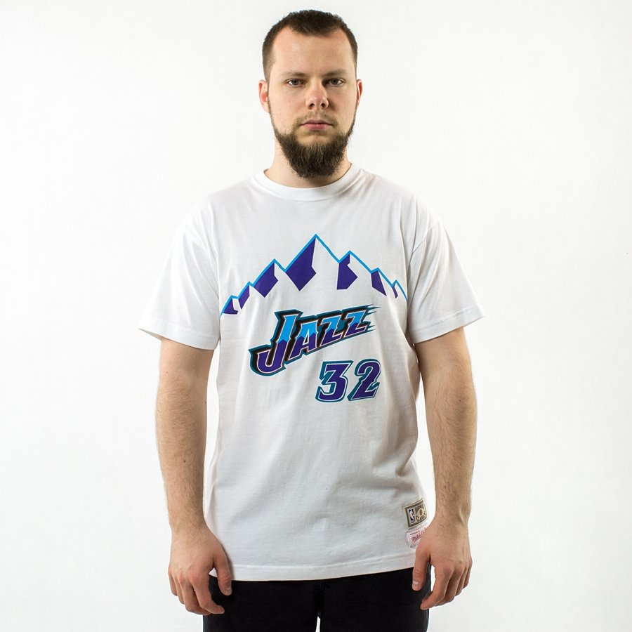 size 40 5a6b6 cec2b Mitchell and Ness t-shirt Player Name & Number Traditional Karl Malone Utah  Jazz white
