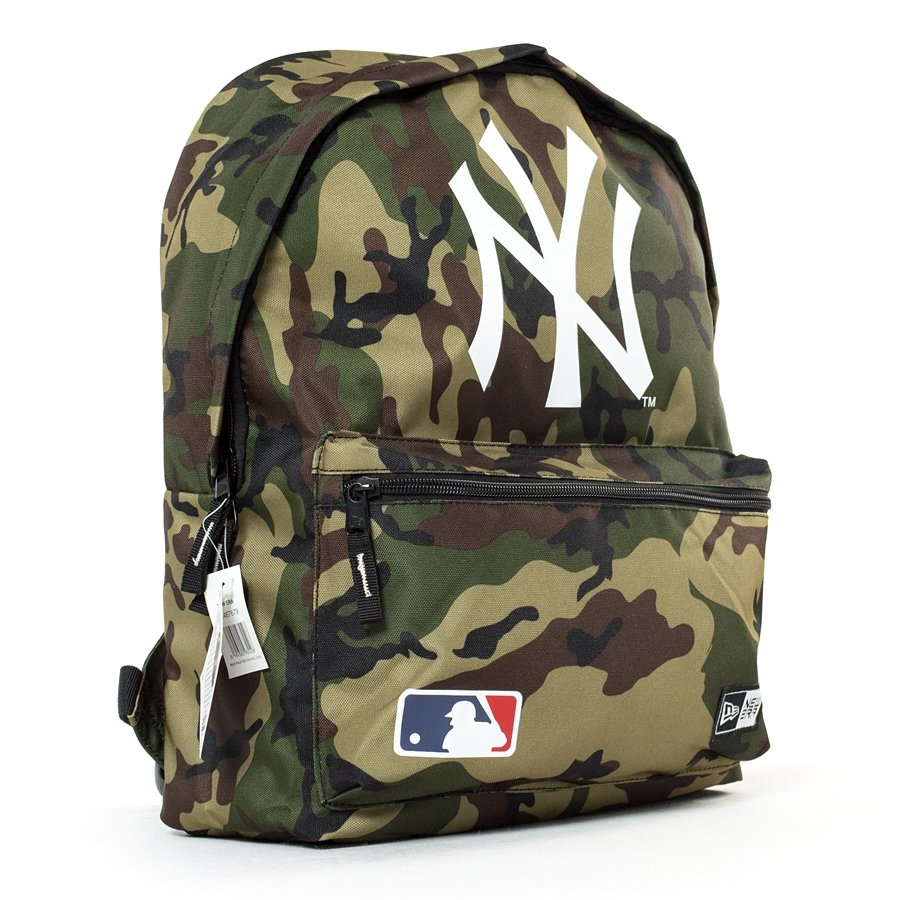 new era backpack mlb new york yankees woodland camo. Black Bedroom Furniture Sets. Home Design Ideas