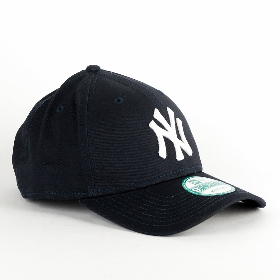 0e28b0fbd28 ... canada new era cap 9forty mlb league basic new york yankees navy click  to zoom 97a90 ...