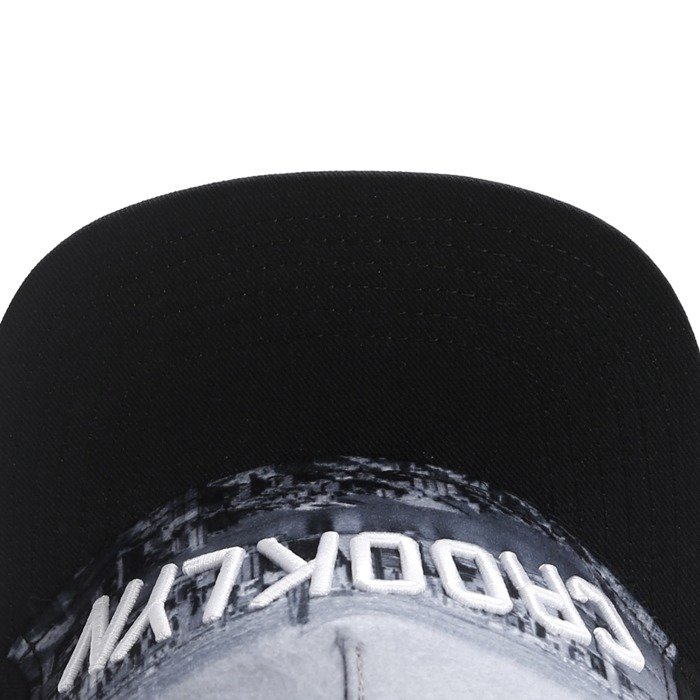Cayler and Sons snapback Crooklyn Skyline black / white