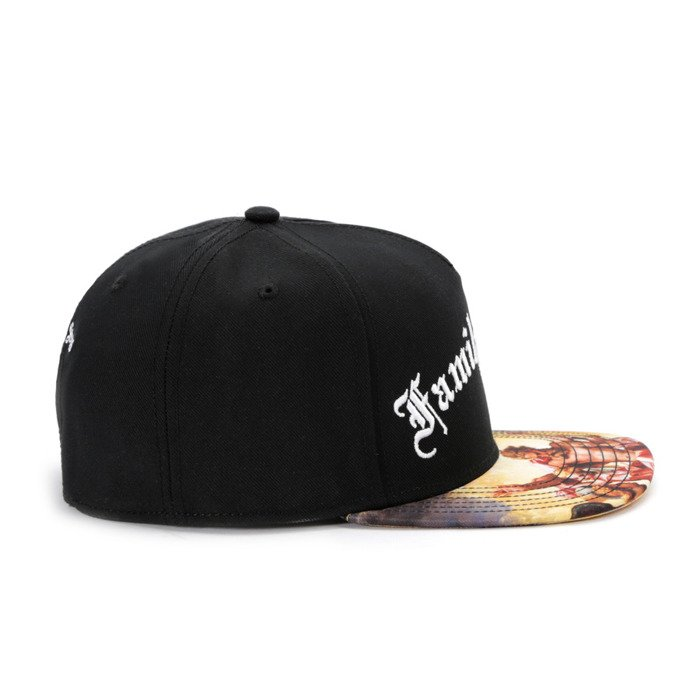 Cayler and Sons snapback WL Family First black