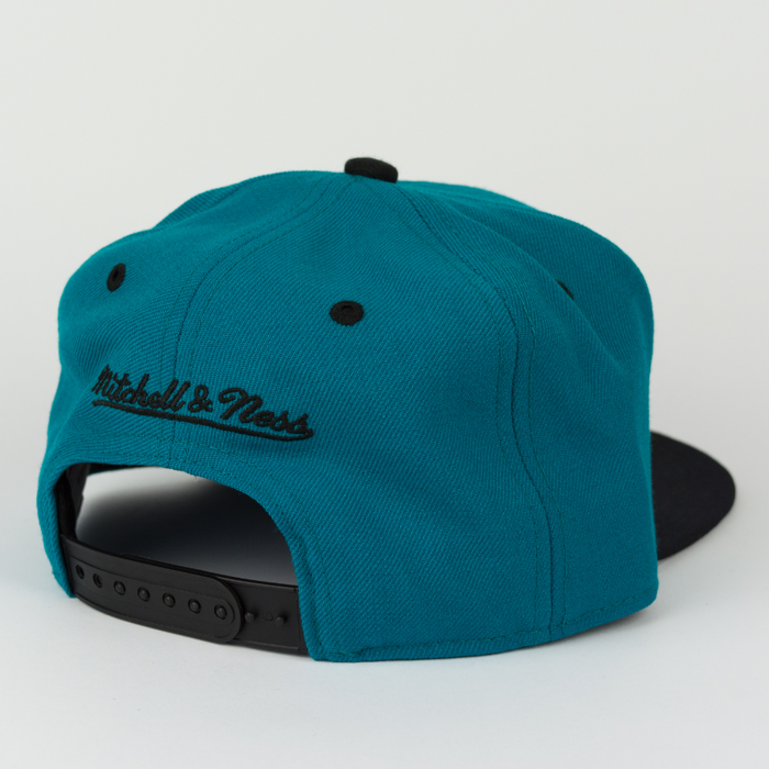 Mitchell & Ness snapback Team Arch San Jose Sharks teal / black