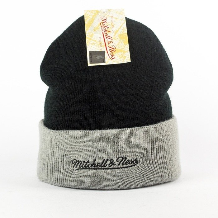 Mitchell and Ness Arched Cuff Knit Brooklyn Nets black / grey