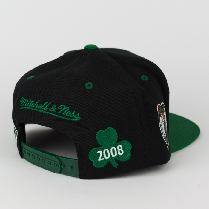 Mitchell and Ness Boston Celtics snapback Championship Pack 2008 Title black / green (V098Z)