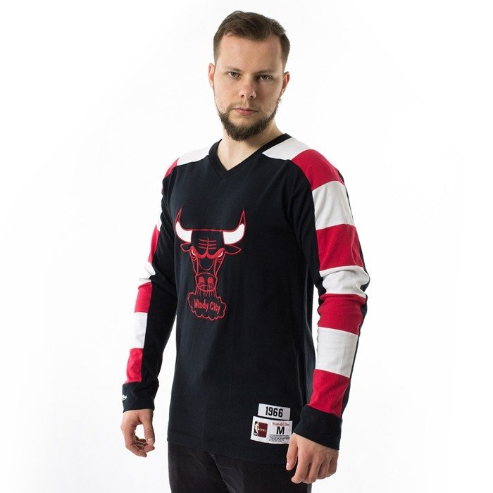 Mitchell and Ness Striped Longsleeve Chicago Bulls black