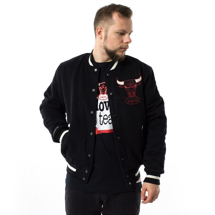 Mitchell and Ness jacket Chicago In The Stands Varsity Chicago Bulls black