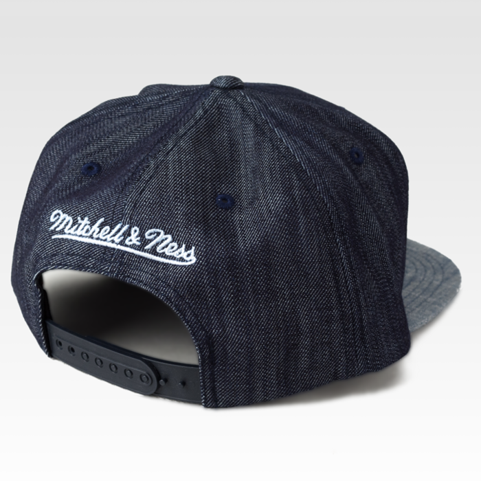 Mitchell and Ness snapback Chicago Bulls Blue Linen denim