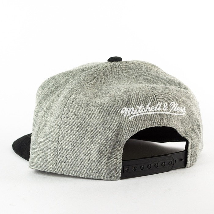 Mitchell and Ness snapback Heather Micro San Antonio Spurs grey heather / black