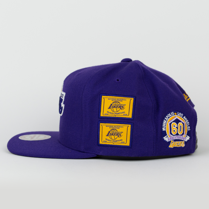 Mitchell and Ness snapback Los Angeles Lakers Championship Pack 5 Titles purple (VP12Z)