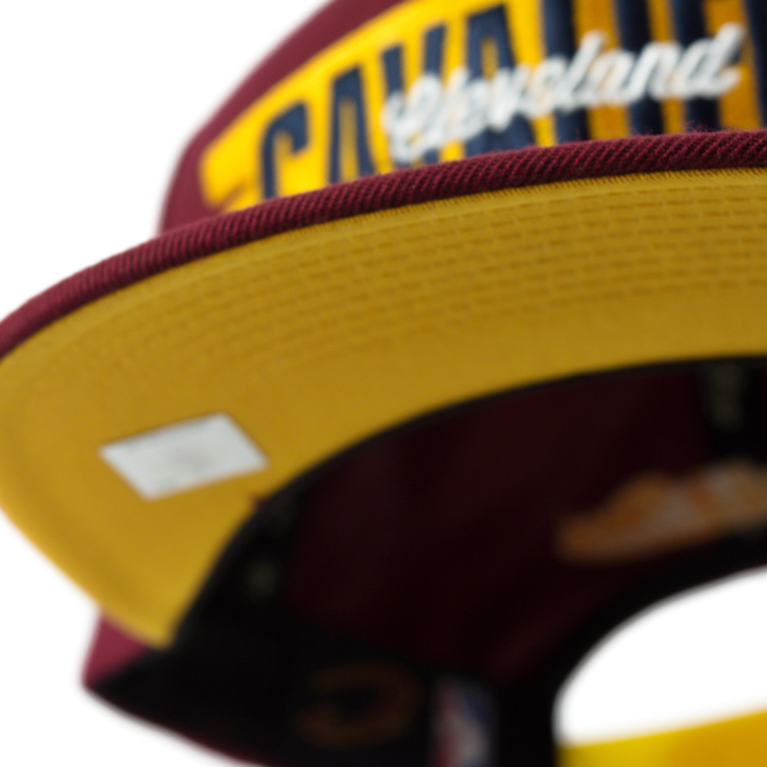 Mitchell and Ness snapback Winning Streak Cleveland Cavaliers burgundy