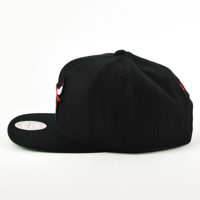 Mitchell and Ness snapback Wool Solid Chicago Bulls black