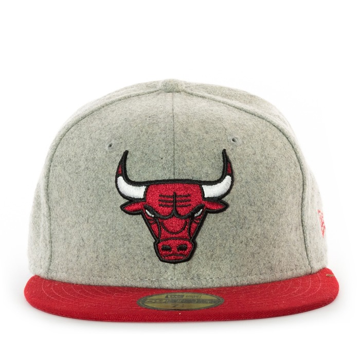New Era fitted cap 59FIFTY Chicago Bulls grey / red