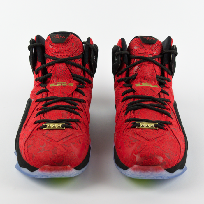 Nike Lebron XII EXT Red Paisley Red / University Red-Black - Metallic Gold (748861-600)