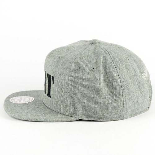 acdebe07fa930 MAT Wear x Mitchell and Ness snapback MAT Script grey heather ...