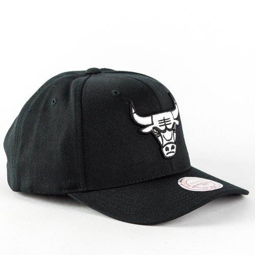 Mitchell and Ness dad cap Black and White Arch Chicago Bulls black ... ee6eeaaedfd4