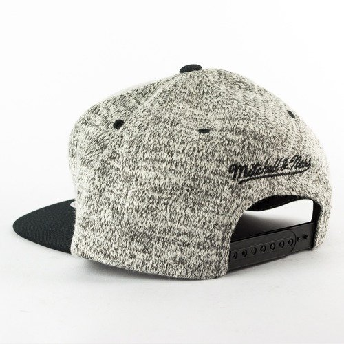 6aaa76187e661 ... Mitchell and Ness snapback Grey Duster Brooklyn Nets grey heather /  black Click to zoom. 1