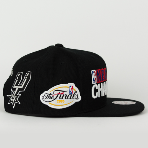 online retailer ad5fa 06b91 ... Mitchell and Ness snapback San Antonio Spurs Championship Pack NBA Finals  2005 black (VP16Z) Click to zoom. 1