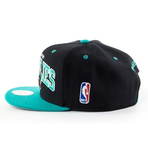uk availability dd90e d3b81 ... Mitchell and Ness snapback Team Arch Vancouver Grizzlies black Click to  zoom. 1