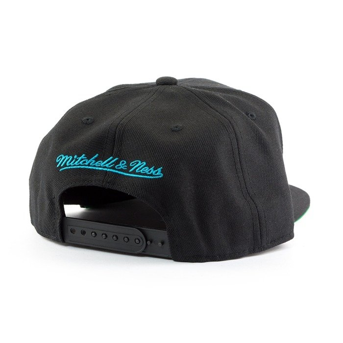 Czapka Mitchell and Ness snapback Wool Solid 2 Charlotte Hornets black