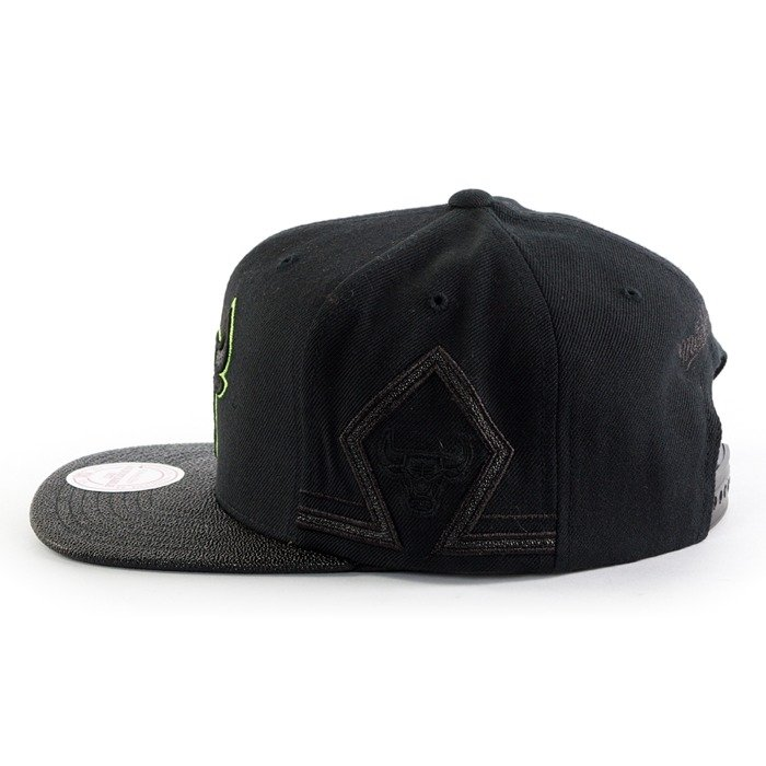 Czapka z daszkiem Mitchell and Ness snapback Altitude Jersey SB Chicago Bulls black / green