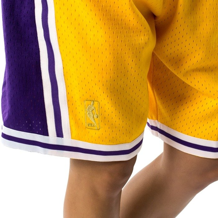 Spodenki damskie Mitchell and Ness Swingman Shorts Los Angeles Lakers yellow