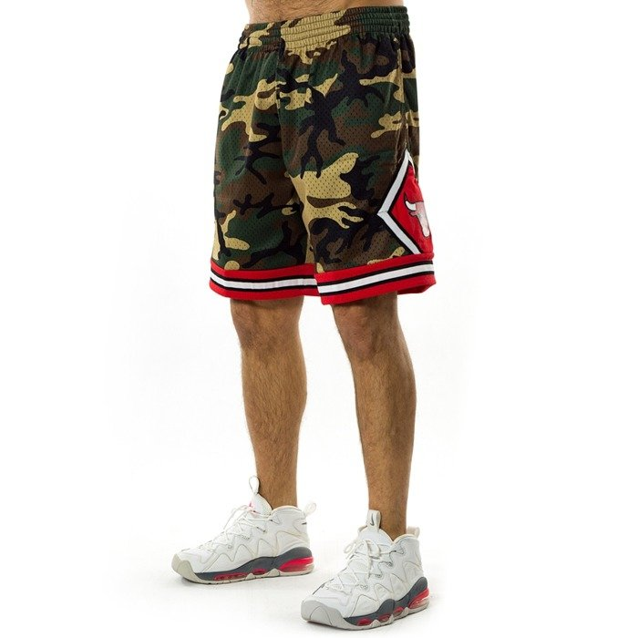 Spodenki koszykarskie Mitchell and Ness Swingman Shorts QS Camo Chicago Bulls woodland camo