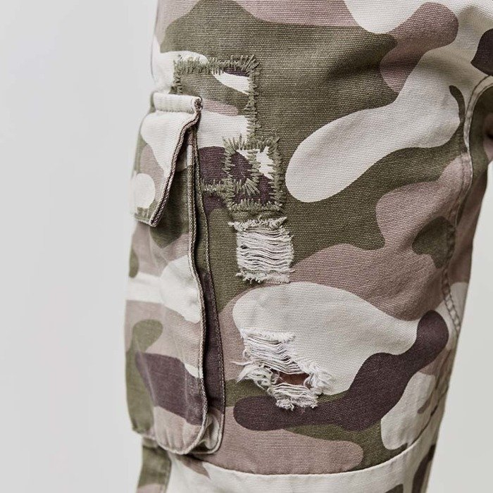 Spodnie Cayler and Sons BLACK LABEL jogger CSBL Doomed Distressed camo