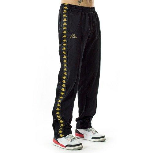 7d0067bec ... Spodnie dresowe męskie Kappa Authentic Banda Astroia Snaps black / gold  Kliknij, aby powiększyć. 1